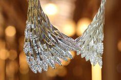 Collier ailes en diamants et or ©BérengèreTreussard2017 Couture, Ceiling Lights, Drop Earrings, Jewels, Diamond, Origami, Diamonds, Necklaces, Accessories