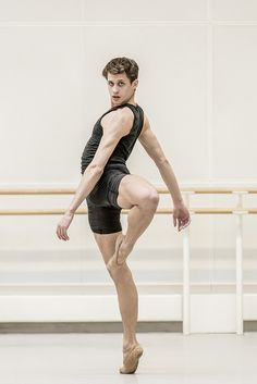 """Nicol Edmonds / The Royal Ballet / in rehearsal for """"Tetractys - The Art of Fugue""""  / photo: Johan Persson"""