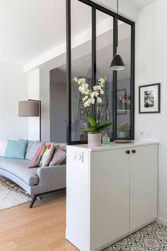 Minimalist Interior Design - Minimalist Home Decor - Living Room Setup, Living Room Partition, Small Living Rooms, Interior Design Living Room, Living Room Designs, Modern Living, Minimalist Furniture, Minimalist Interior, Modern Minimalist