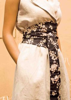 Obi belt - high tea with mrs woo. Linen style fabric with elegant patterns. Buttonhole gap to tie up.