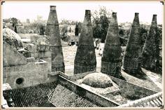 Año de 1986 este estado era el que ofrecían las chimeneas de los hornos cerámicos de  la Cartuja