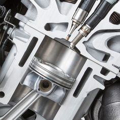 Details we like / Engine / Metal / Power / tecnical / Steel / Piston / at Producto / Source: thewelovemachinesposts