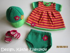 Projekt Saseline ~ Det er midt i april 2020 Knitting Dolls Clothes, Knitted Dolls, Tiny Dolls, Ag Dolls, Crochet Wreath, Crochet Hats, Baby Born Clothes, Baby Gap, Stuffed Toys Patterns