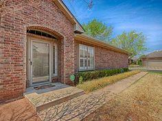Edmond Oklahoma, Oklahoma City, Vintage Gardening, Real Estate Houses,  Virtual Tour, Gardens, Homes, Houses