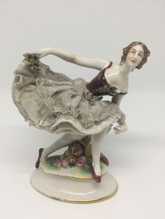 Ludwigsburg - Antique Dresden Ballerina Lady Dancer Porzellan Porcelain Figurine