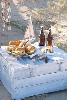 Beach Picnic Picnic Table, they removed a slat, replaced it with a gutter and, voila, a drink cooler! Remove middle board from a picnic tabl. Summer Fun, Summer Time, Summer Blues, Summer Parties, Tea Parties, Summer Beach, Spring Summer, Comida Picnic, Romantic Birthday