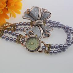 5.20$  Watch here - http://ali6rh.shopchina.info/go.php?t=32802371073 - 2017 Hot Sale Lady Luxury White Flower Bracelet Watches Women Fashion Pearl Quartz Wristwatches Relogio Feminino Montre Femme 5.20$ #bestbuy