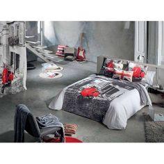 Pasión por las cosas bonitas en http://livinten.com/. Funda nórdica + cortina confeccionada= habitación ideal
