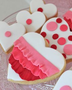 Vanilla sugar cookies with fondant - inspired by ruffles, ombre and polka dots