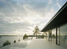 overby-summer-house-features-infinity-pool-dock-2-fire-pits-2-pool.jpg
