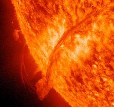 Crescono le tempeste solari, la Terra a rischio black out