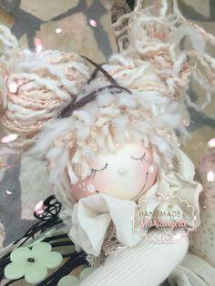 Angel Crafts, Handmade Design, Crochet Crafts, Pin Cushions, Puppets, Art Dolls, Angels, Inspiration, Rag Dolls
