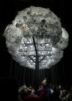 Interactive light sculpture 'Cloud'. Dutch light art festival GLOW 2013. Photography: @lichtinspiratie