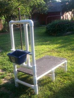 PVC milking stand from Homesteading Journal Better make it sturdy. Goats are incredibly strong. You will be using it twice a day times as many does as you have. Keeping Goats, Raising Goats, Goat Shelter, Nubian Goat, Goat House, Goat Care, Nigerian Dwarf Goats, Baby Goats, Mini Goats