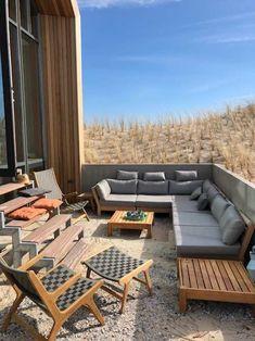 Lounge Furniture, Outdoor Furniture Sets, Outdoor Decor, Weekender, Comfort Design, Bathroom Design Luxury, Built In Desk, Short Break, Luxury Holidays