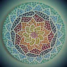 Mosaico by Alessandra Caruso - 55 (11) 99105-7503. Mosaic mandala..so beautiful!