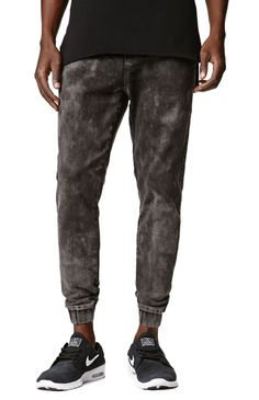 A PacSun.com Online Exclusive! Ezekiel creates a unique pair of men's jogger pants found at PacSun. TheFalkon Jogger Pants for men have a black acid wash, Ezekiel logo loop on the welted back pocket, and elastic cuffs on bottom.%09Black joggerpants%09Ezekiel logo loop on back pocket%09Slant front pockets%09Elastic, drawstring waist%09Machine washable%0970% cotton, 28% polyester, 2% spandex%09Imported