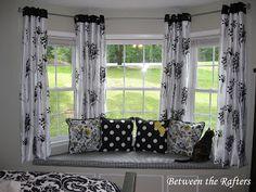 31 Ideas For Farmhouse Dining Room Curtains Window Treatments Diy Bay Window Curtains, Dining Room Curtains, Window Curtain Rods, Window Seats, Black Curtains, Blinds Curtains, Window Blinds, Kitchen Curtains, Curtain Hanging