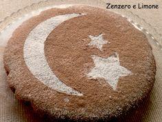 TORTA al CIOCCOLATO INGREDIENTI 200 g di farina 00- 30 g di cacao amaro- 175 g di zucchero- 1 bustina di vanillina- 1/2 bustina di lievito per dolci- 250 ml di latte