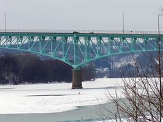 The Tarentum Bridge, which carries PA 366 across the Allegheny River between Tarentum, PA and New Kensington, PA (where Uncle Stan and Aunt Anna Belle lived). New Kensington Pa, Pittsburgh Bridges, My Childhood Memories, Over The Years, Places Ive Been, The Neighbourhood, Past, Goodies, River