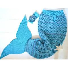 Due to popular demand - The Matilda's Meadow Snuggle Blanket for Adults. Snuggle up with your little Mermaids in this luxury Chunky Knitted Blanket - Being a Mermaid has never been such fun!Please note that the fit of the snuggle is loose for comfort - Th Mermaid Tail Pattern, Mermaid Tail Blanket, Knitting Projects, Knitting Patterns, Snuggle Blanket, I Cord, Cute Headbands, Manta Crochet, Knit In The Round