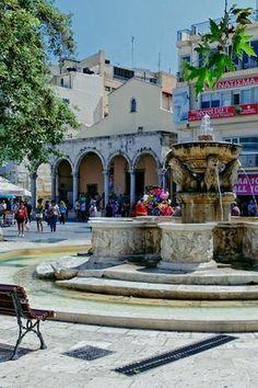 Greece Travel Inspiration - Heraklion - Lion square                                                                                                                                                                                 More