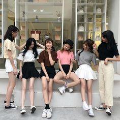 Photo ideas Pregnancy pregnancy or period Mode Ulzzang, Ulzzang Korean Girl, Bff, Besties, K Fashion, Korean Fashion, Ulzzang Girl Fashion, Korean Best Friends, Girl Korea