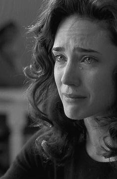 Jennifer Connelly in Ron Howard's 'A Beautiful Mind' - Staring Russell Crowe. Jennifer Connelly, Crying Face, Crying Girl, Human Reference, Photo Reference, Expressions Photography, Face Study, Emotional Photography, Sad Faces