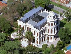 Villa Hortensia familia Puccio, 1876 Rosario Prov. de Santa Fe. Art Nouveau Arquitectura, Colonial Architecture, Palaces, Country, Santa Fe, Baroque, Classic Style, Castle, Live