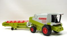1/20th Claas 480 Lexion Combine with Header & Transporter Toy Toys