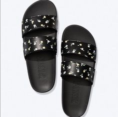 Victoria's Secret Pink black slides feature a double strap with a girly floral print. NWT. Size L (9/10). *Stock photo not my own, only posted to show fit. Pink Sandals, Slide Sandals, Women's Shoes Sandals, Heels, Vs Pink Slides, Victoria Secret Shoes, Black N Yellow, Victoria's Secret Pink, Pink Ladies