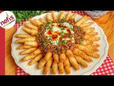 kozalak mantısı olarak bilinen, çok aranan hamur işi tarifinin ayrıntılı yapılışı ile yine sizlerleyiz. Pipet ile yapılan aranan tarifin yapılında o kadar az malzeme kullanılıyor ki emin olun sizlerde şaşıracaksınız. Yoğurt ile yenilen, çıtır çıtır bu kolay tarifi atıştırmalık olarak, çocuklarınız her hafif şeyler Turkish Recipes, Ethnic Recipes, Main Dishes, Side Dishes, Tasty, Yummy Food, Pasta Salad, Food And Drink, Cooking Recipes