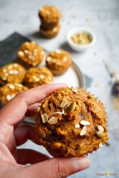 Oatmeal muffins - closeup pumpkin oatmeal muffins, no bread diet, whole whe Healthy Foods To Eat, Healthy Dinner Recipes, Healthy Snacks, Healthy Muffins, Healthy Eating, Breakfast Food List, Breakfast Recipes, Pumpkin Oatmeal Muffins, No Bread Diet