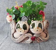 Flower box oval with cats ceramic Air Dry Clay, Flower Boxes, Wedding Flowers, Pottery, Etsy, Creative, Unique, Plants, Handmade