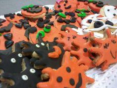 Las galletas de Halloween de los niños