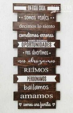 """En esta casa somos reales"" Wall Decor, Room Decor, Deco Table, Interior Design Living Room, Decoration, Diy And Crafts, Sweet Home, House Design, Lettering"