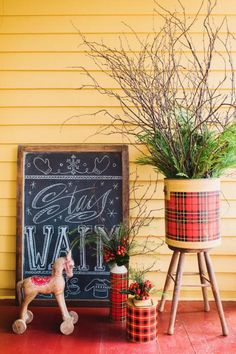 12 Country + Vintage Holiday Decorating Ideas for Your Front Porch