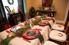 Pancakes & Pajama Christmas/Holiday Party. This is such a great idea with family/friends/neighbor's during the holiday season when the kids are out of school.