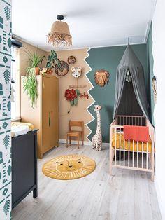 Nursery boys room with jungle theme Bohemian nursery room with warm colours, plants an Baby Bedroom, Baby Boy Rooms, Baby Room Decor, Nursery Room, Kids Bedroom, Room Boys, Jungle Room, Jungle Nursery, Baby Room Design
