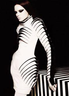 future fashion, cyber, futuristic, future, model, girl, girl white, girl in white, futuristic fashion, fantastic fashion, white clothes by FuturisticNews.com
