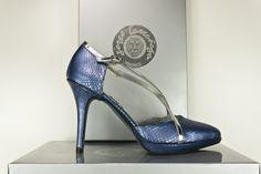 #Salón en #pitón #zapatos #hechosamano en #Madrid #calzado #artesanal #madeinspain #real #handcrafted #shoes #platform #pumps #python #fashion #moda #heels #shopping BUY//COMPRAR: www.jorgelarranaga.com/es/home/391-439.html