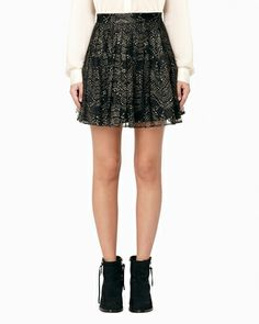 bottom // pleated lace skirt.