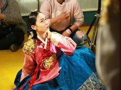Grand Prince, Korean Dress, Korean Traditional, Korean Fashion, Saree, Dresses, K Fashion, Vestidos, Grand Duke