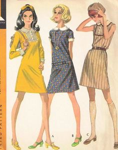 This is an original vintage sewing pattern.  Maker:McCalls  Number: 9641  Size: 7  Bust: 31  Hip: 33    Condition:Pattern is still in FACTORY