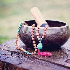 Mala beads are believed to absorb and store energy, therefore depending on your preference you may wish to cleanse your mala beads from time to time.Here are some ways to clean and cleanse your mala beads. Meditation Musik, Mala Meditation, Mindfulness Meditation, Online Meditation, Meditation Rooms, Ayurveda, Namaste, Massage, Mudras