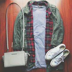 Fall/Winter White Converse Style, Fall Over, North Face Backpack, Fall Winter, Bomber Jacket, Cute Outfits, Casual, Jackets, Clothes