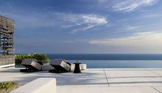 Alila Villas Uluwatu - Als het u al lukt om uw eigen villa te verlaten, dan is het heerlijk toeven op het strand, bij het enorme zwembad, het fitnesscentrum.....
