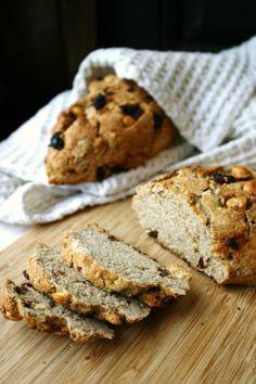 Hazelnut raisin bread, inspired by Henry David Thoreau's Walden #recipe