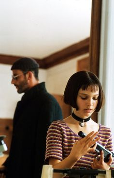 leon movie The Professional - Lon (Jean Reno) and Mathilda (Natalie Portman) Leon The Professional Mathilda, The Professional Movie, Series Movies, Film Movie, Natalie Portman Leon, Natalie Portman Mathilda, Leon Matilda, Mathilda Lando, Nathalie Portman