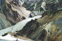completely thought this was an illustration found on destined to design - its not is landmannalaugar iceland - need to go